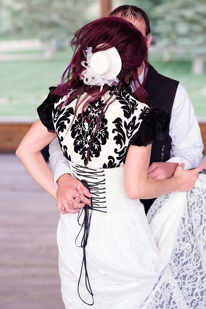 Kyle_and_Jess3_steampunk_wedding.jpg