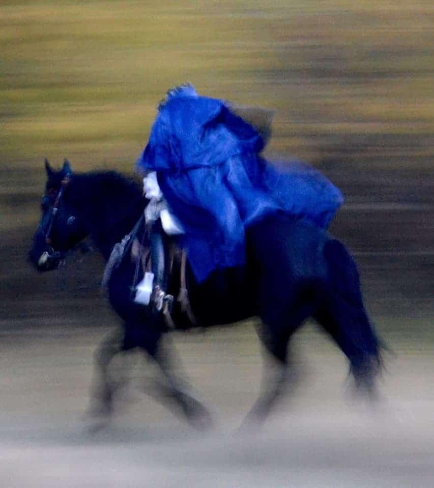 Sleepy_Hollow_headless_horseman_costume_mcgrews