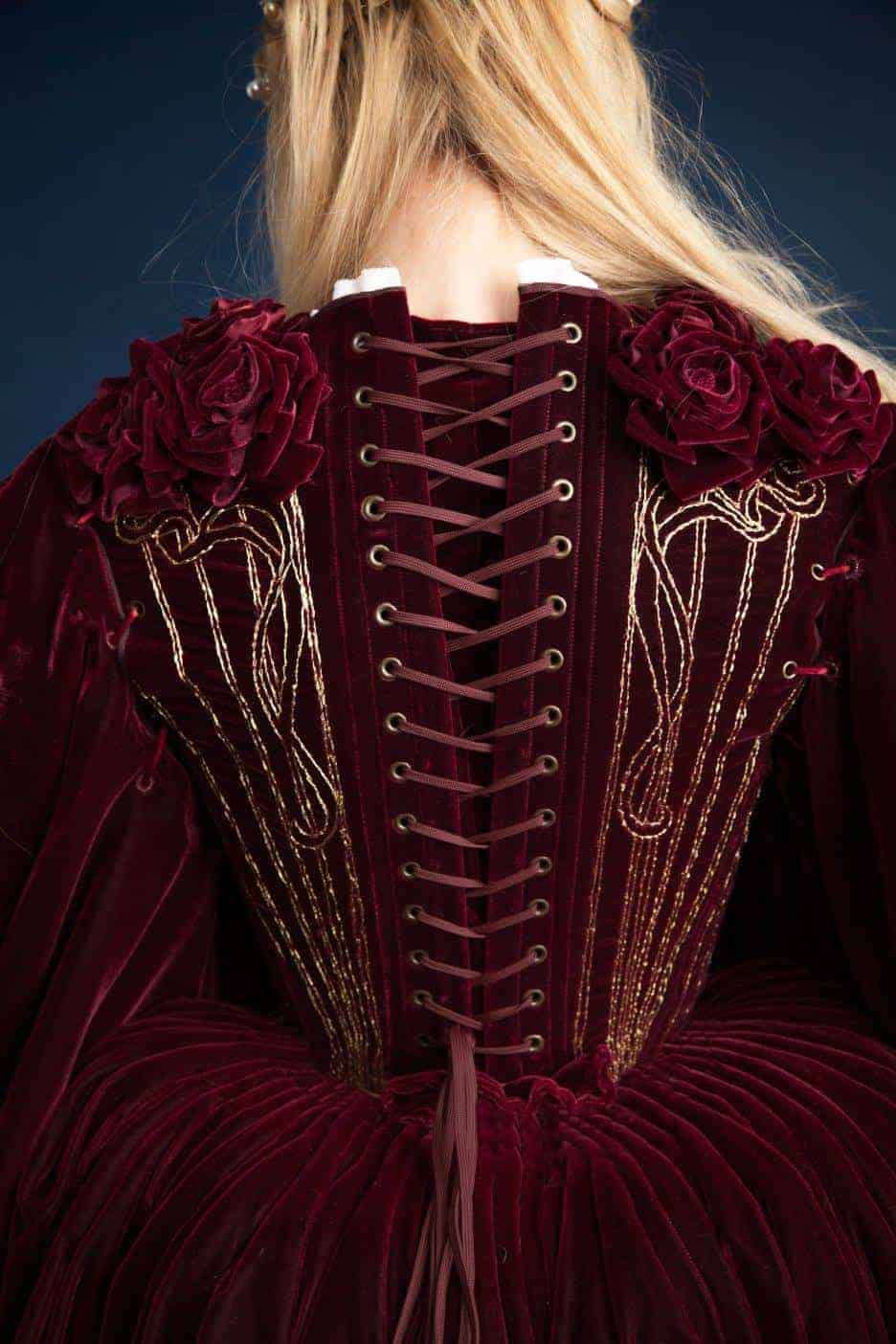 16th_century_costume_back_miss_italy_multiverse